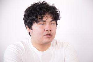 太っている男の人