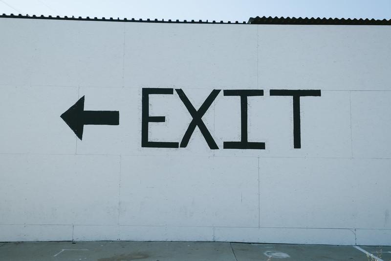 出口の表示