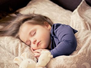 赤ちゃんの寝る姿
