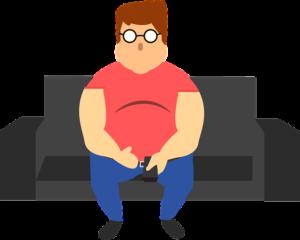 デブの男がソファに座っている