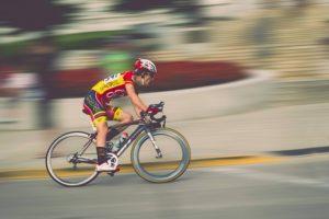 自転車の選手