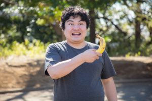 バナナを持ったデブ