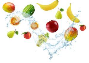 水とフルーツ