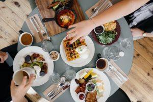 朝食の風景