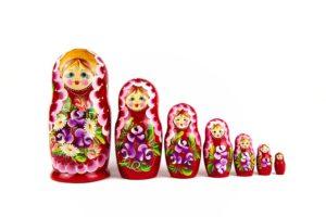 たくさんの人形