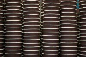 たくさんのカップ