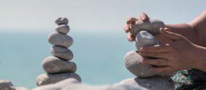 バランス良く積み上げた石