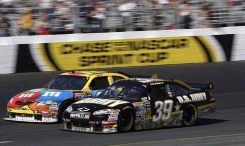 2台のレースカー