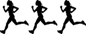 女性が走る姿 3人
