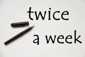 twice a weekの文字