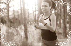 女性がジョギングしているところ