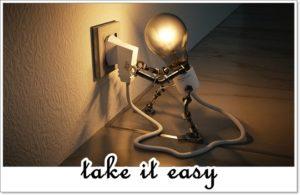take-it-easyの文字と電球