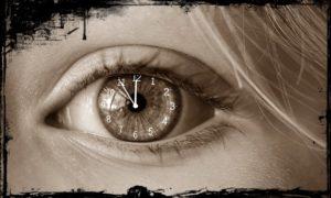 目に映っている時計