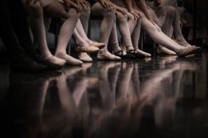 バレーの足