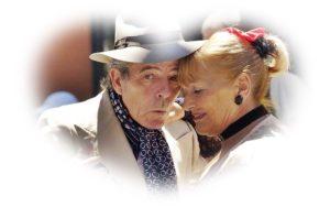 老人のカップル