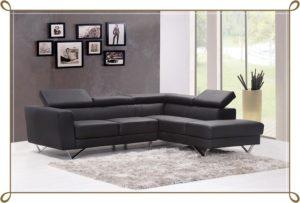 黒のソファー