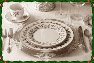 皿とフォーク、スプーン